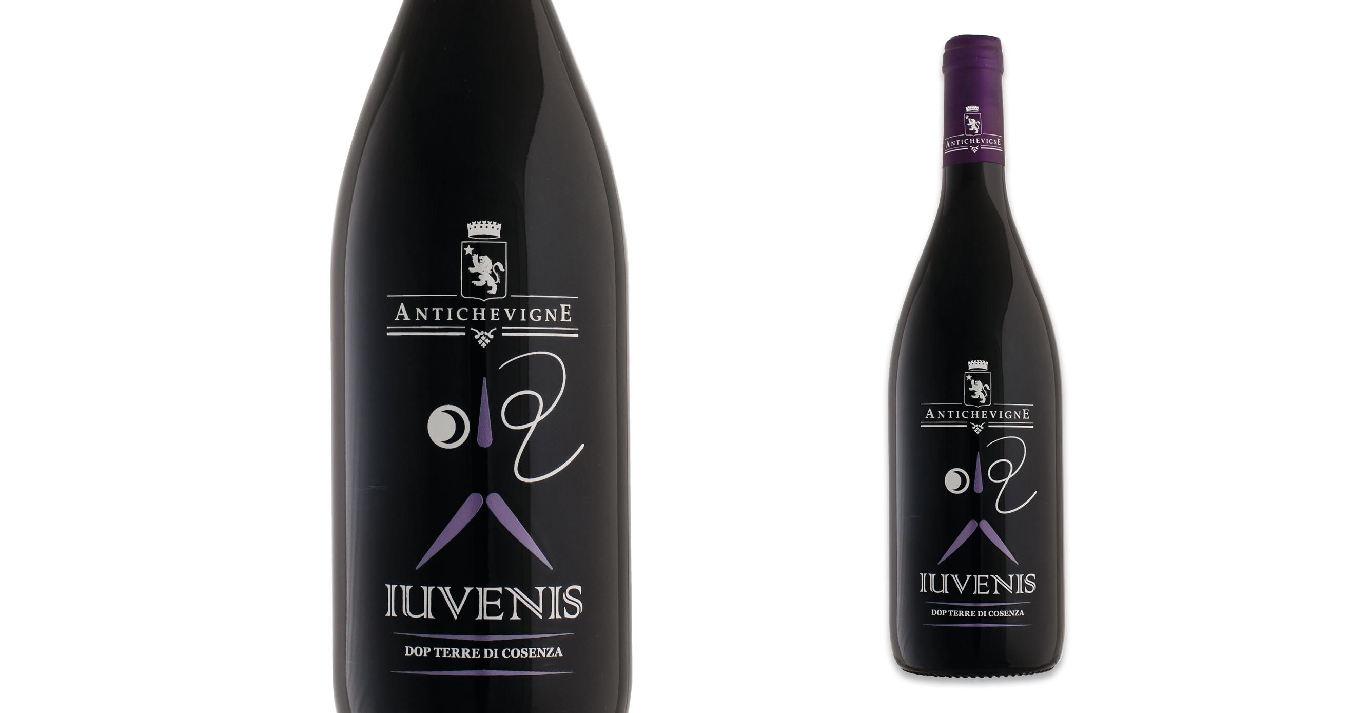 Iuvenis visual packaging vino