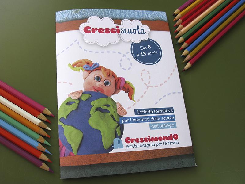 pieghevole informativo Crescimondo Scuola per l'infanzia